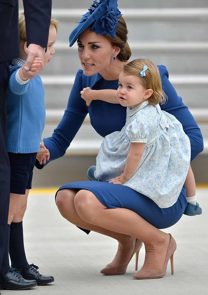 The 'very cool' parenting technique Anne Hathaway's borrowed from the Duchess of Cambridge