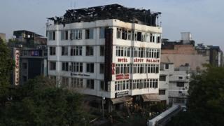 Karol Bagh: Seventeen die in Delhi hotel fire