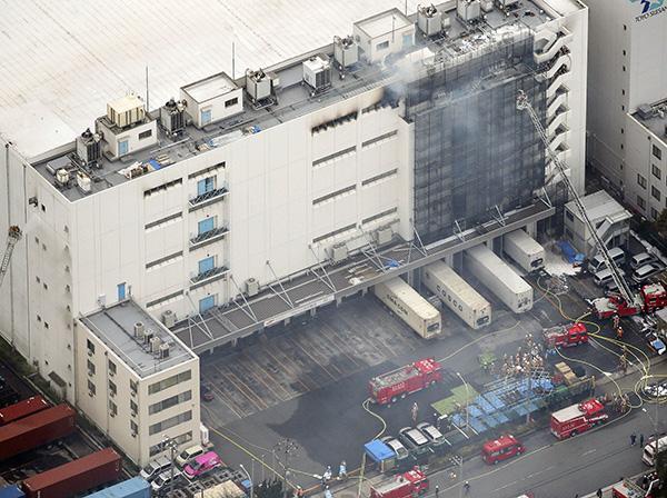 日本东京一物流仓库失火造成3人死亡