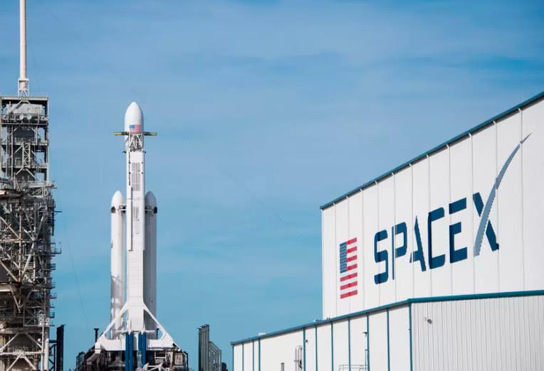 美国五角大楼将审查SpaceX军方发射资质