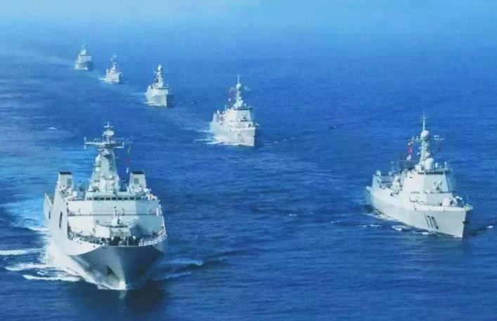 原创 新年第一次,两艘美舰突然进入美济礁12海里,海军迅速出动拦截