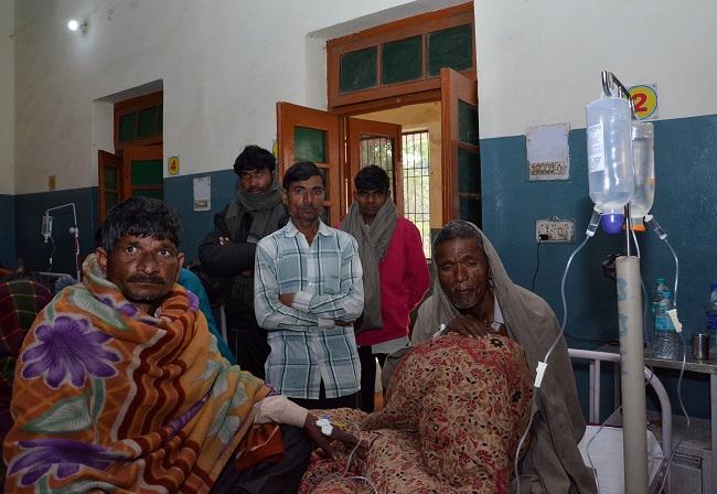 印度近百人饮用假酒丧生