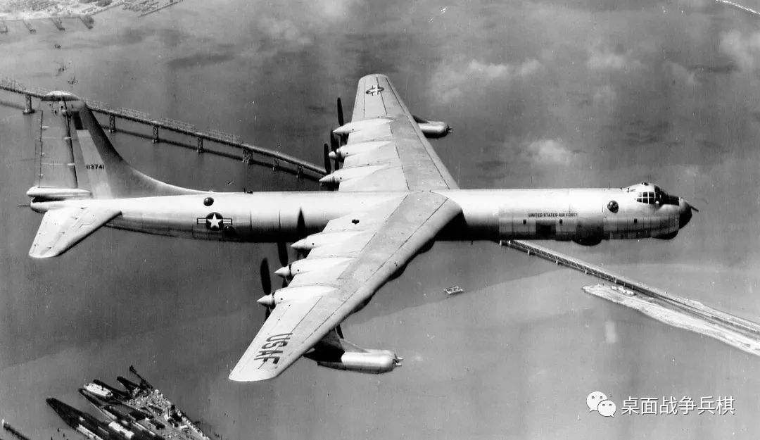 """原创 打着""""和平卫士""""之名轰炸敌方本土 后置螺旋桨的空中核武器库"""