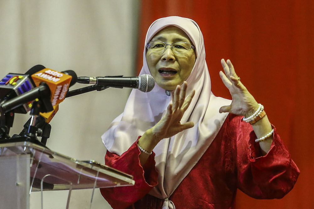 DPM: Need to identify suicide tendency of students