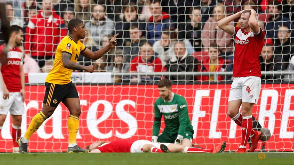 Wolves and Palace ease into FA Cup quarter-finals