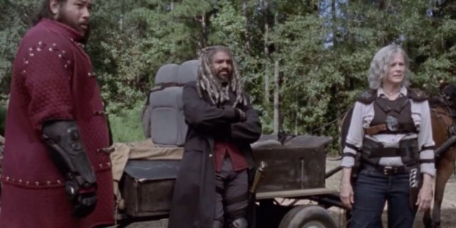 'The Walking Dead' 911 Clip: Dead Character Returns
