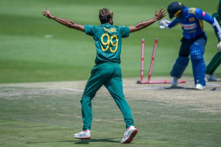 Veteran Tahir keeps Sri Lanka in check