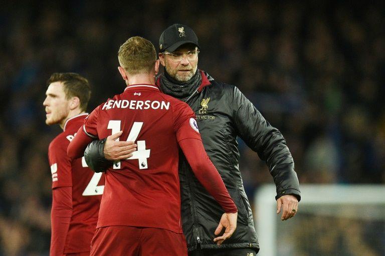 Klopp laments missed chances as Liverpool lose Premier League lead