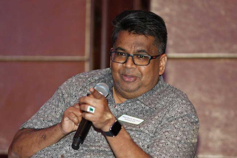 Dr M insists Bersatu has no 'chief strategist', after Rais Hussin's criticism of Pakatan