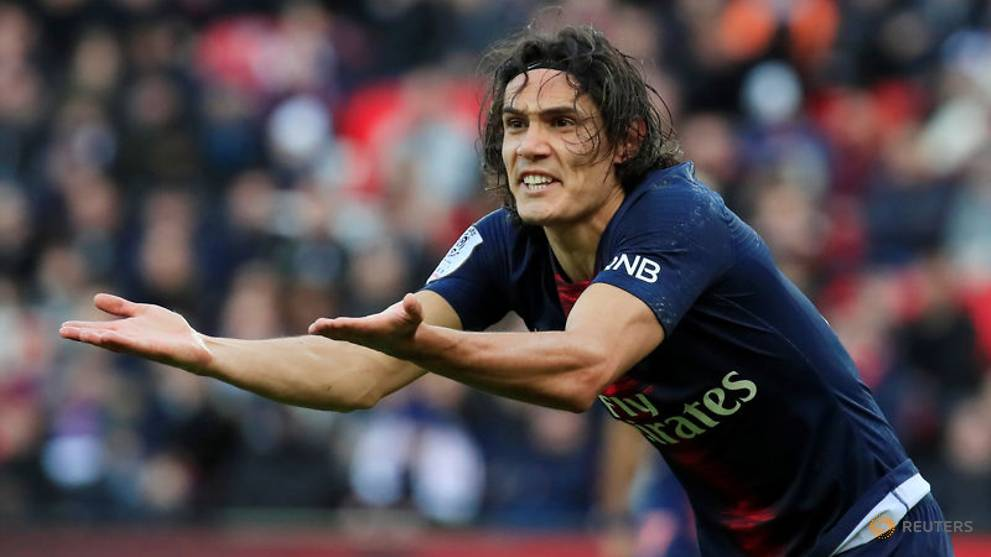 Injured Cavani to miss Uruguay's trip to China