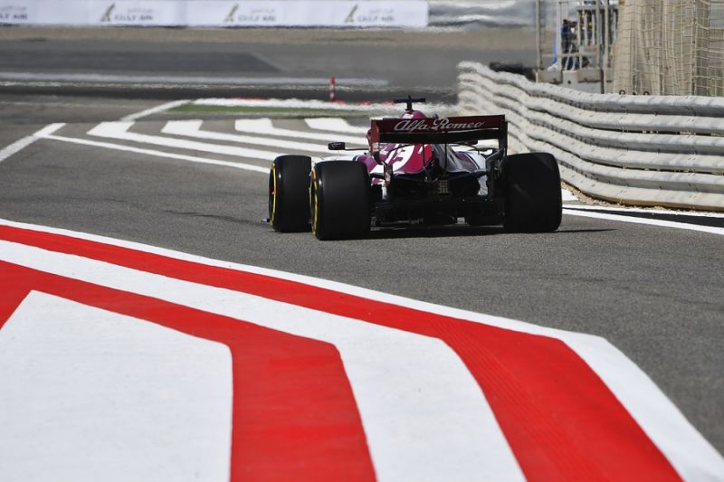 Alfa Romeo's Bahrain FP2 interrupted by car cooling problems