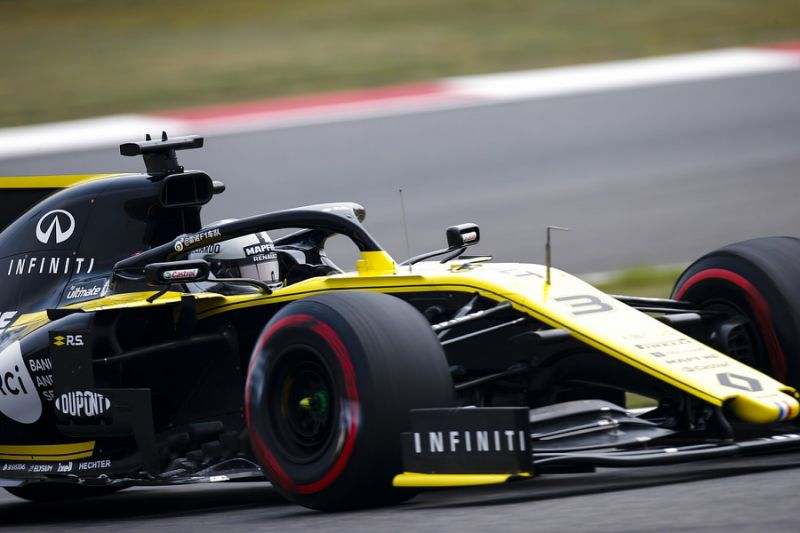 Chinese GP F1 practice:Vettel beats Hamilton and Leclerc to top FP1