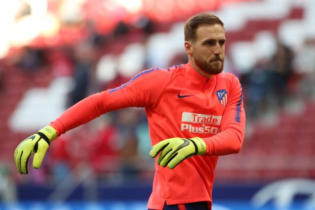 Keeper Oblak extends Atletico deal until 2023