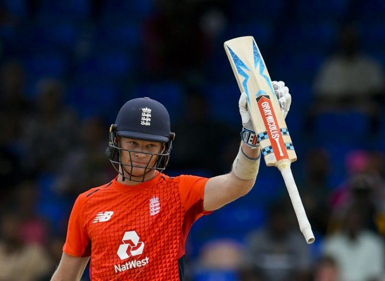 Billings ruled out of England duty after dislocating shoulder