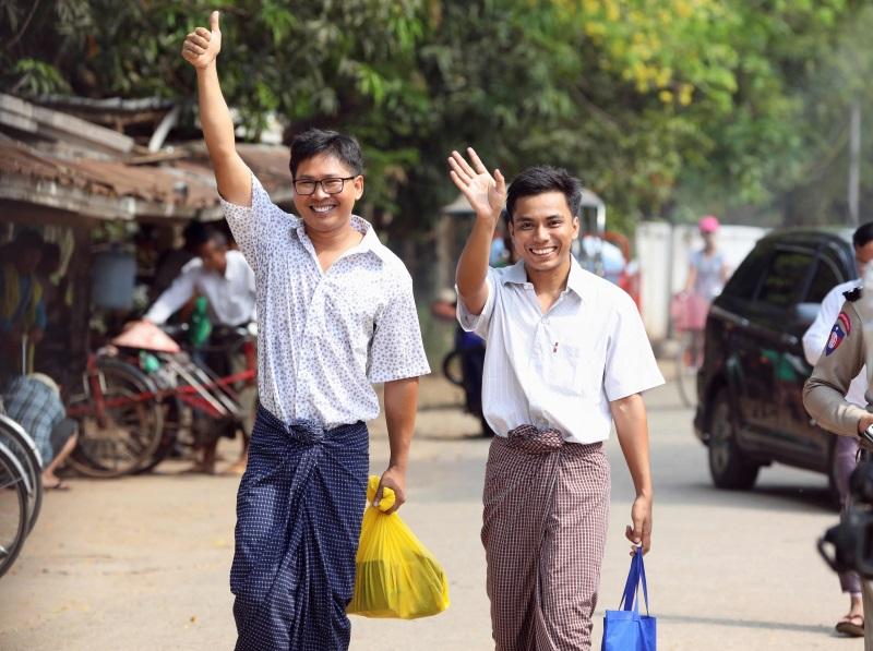 """缅甸两路透社记者遭囚逾500天获释·""""我会继续新闻采访"""""""