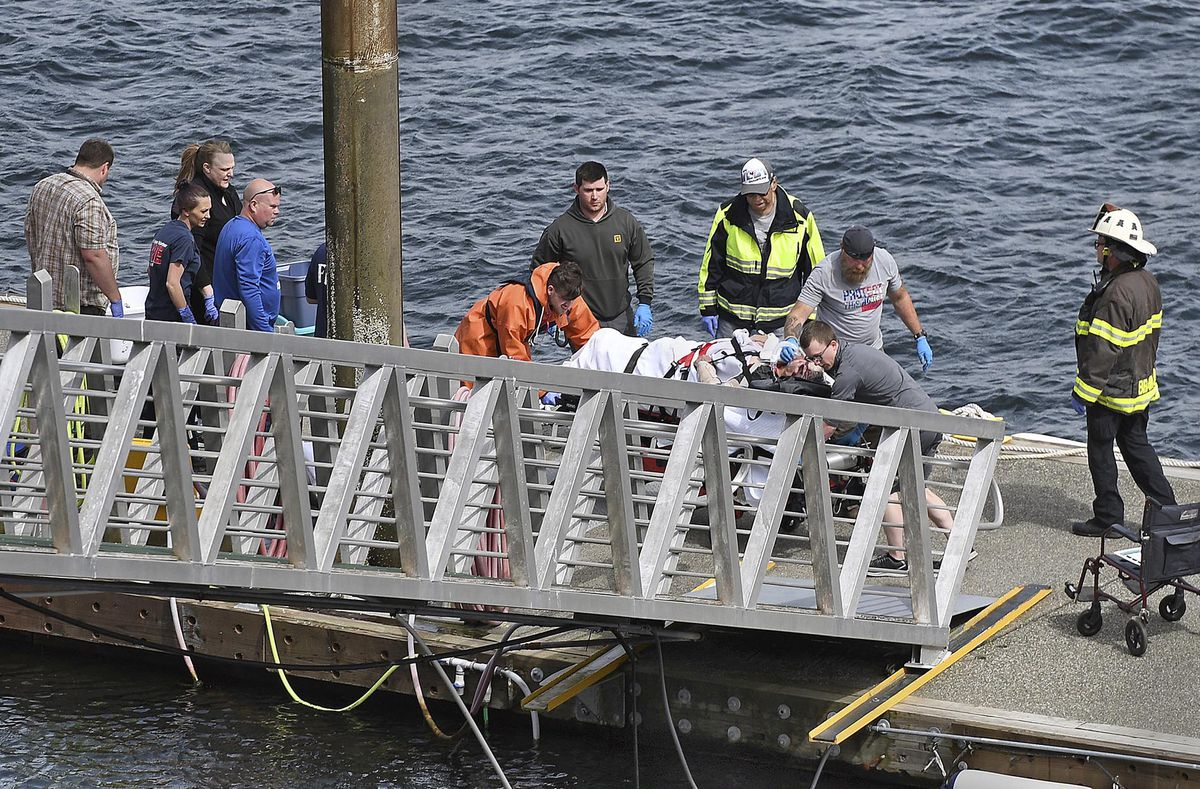 Five dead, one missing in seaplanes mid-air collision in Alaska