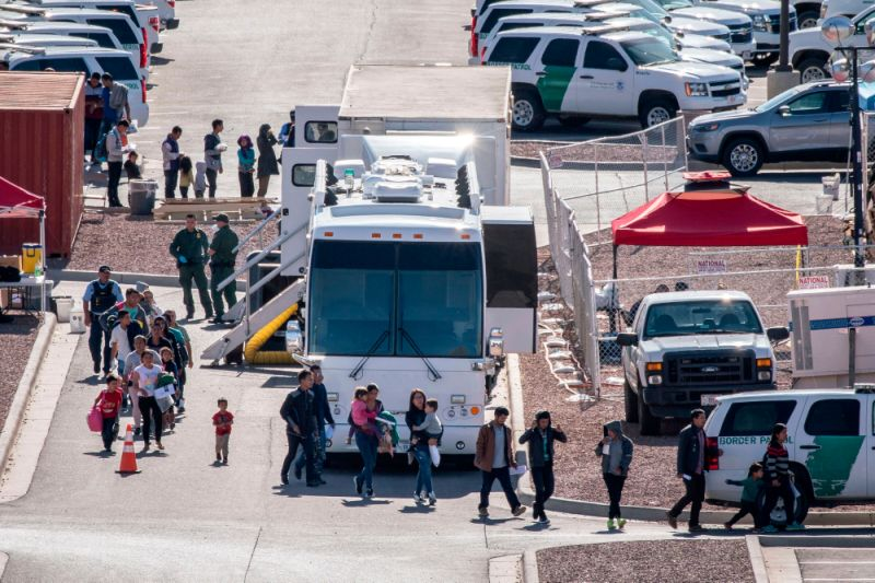 Trump administration is transporting more migrants from border to other U.S. Cities