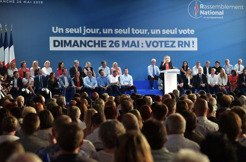 Macron and Le Pen in battle for EU's soul