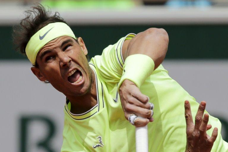 Nadal cruises through at Roland Garros, Wozniacki out