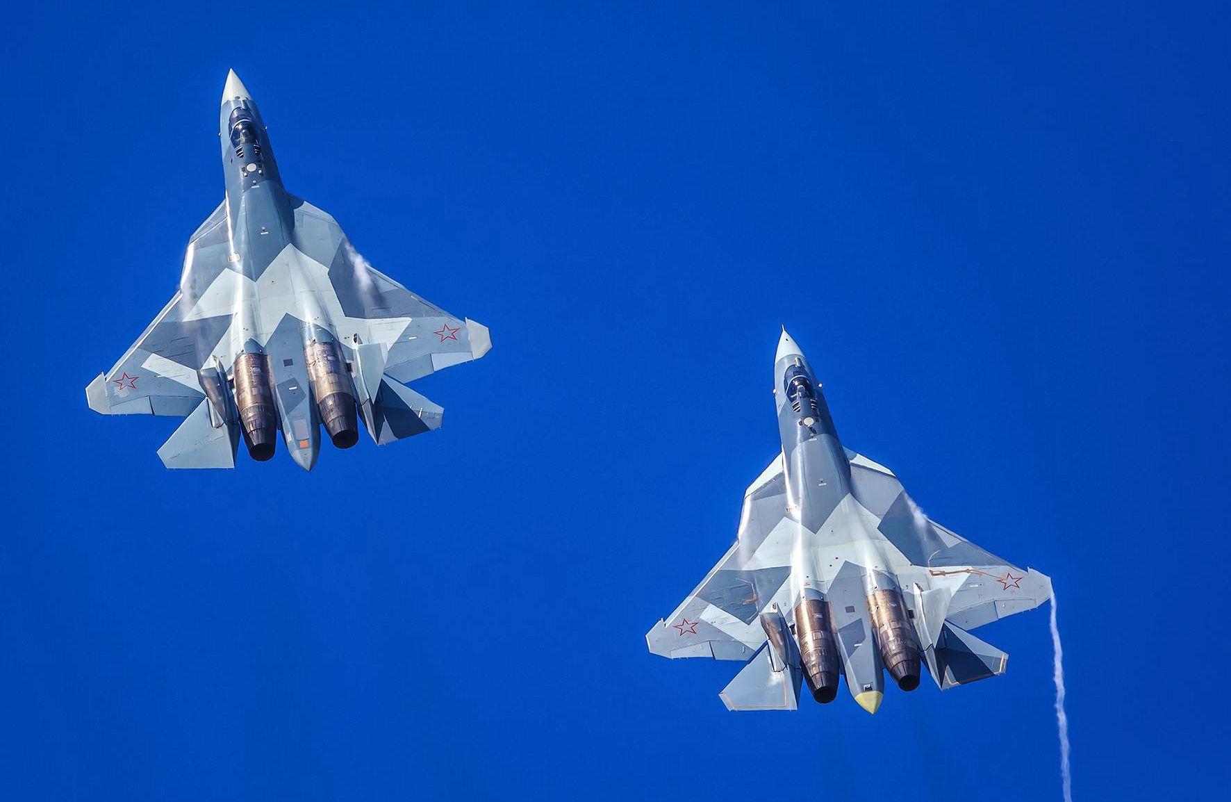 原创 突然有钱了?普京宣布将在2028年前为三个团换装苏57,总计76架