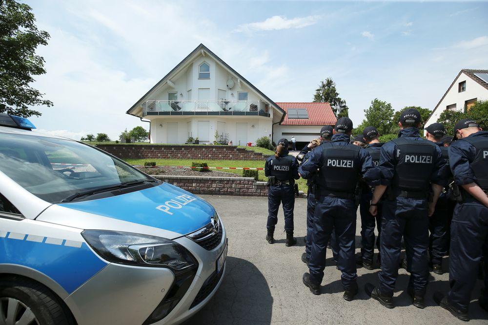 Police investigate apparent murder of German local politician