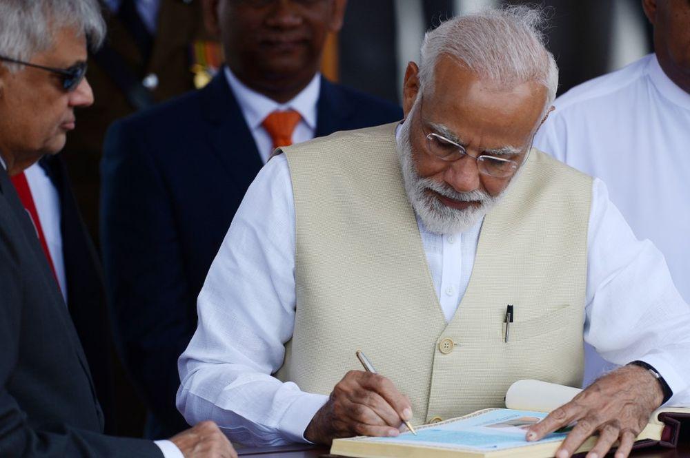 India's Modi makes unscheduled stop at bombed Sri Lanka church