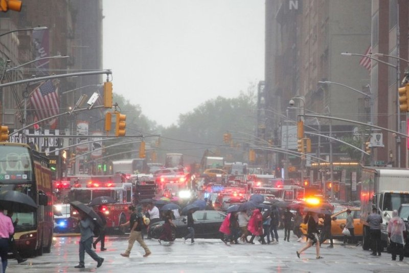 FAA: Pilot in New York chopper crash not certified for bad weather