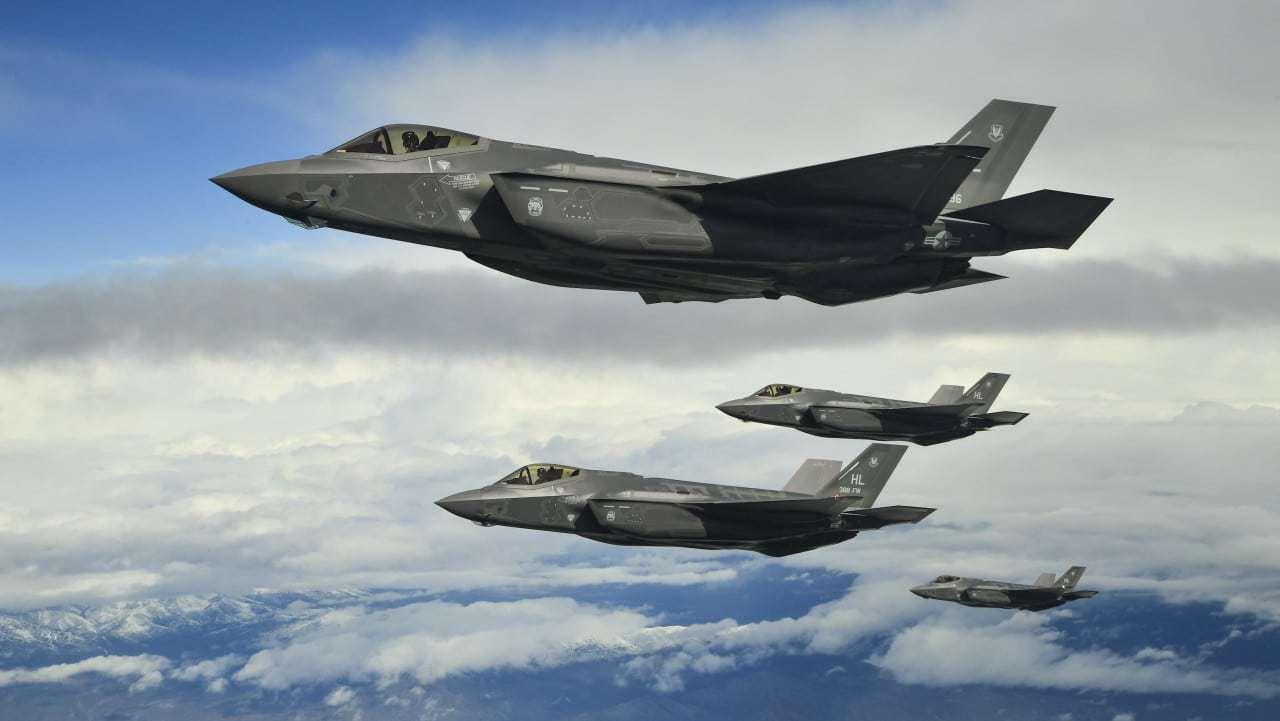 原创 美国花2300亿增购F-35,恰巧中科院透露一新雷达,外国人:浪费钱