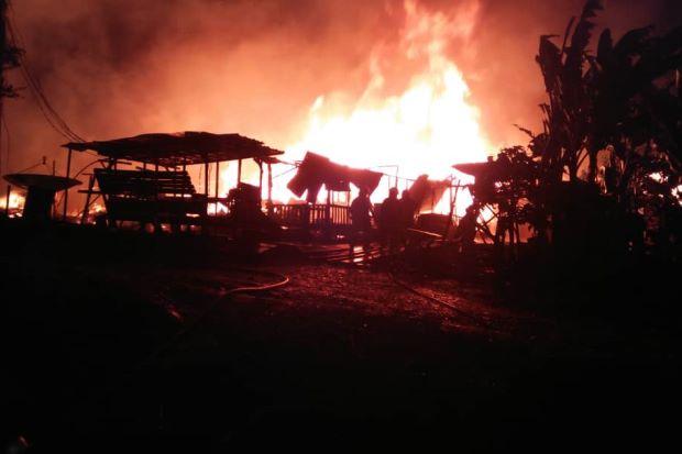 130 workers escape as fire raze their quarters