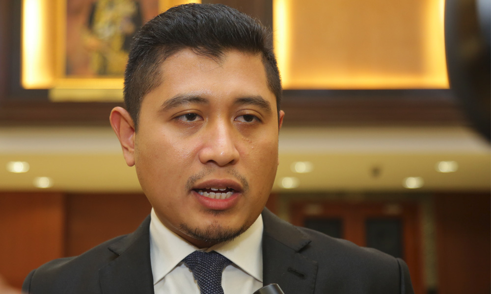 Aide: Azmin replied invitation letter, handpicked state chiefs fear axing