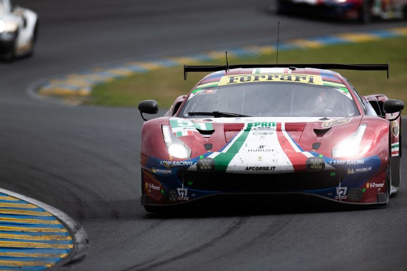 Le Mans 24 Hours: Pastor Maldonado crash causes long safety car