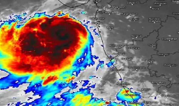 Tropical Cyclone Vayu: Colossal storm with 100mph winds headed for India - 'Huge impact'