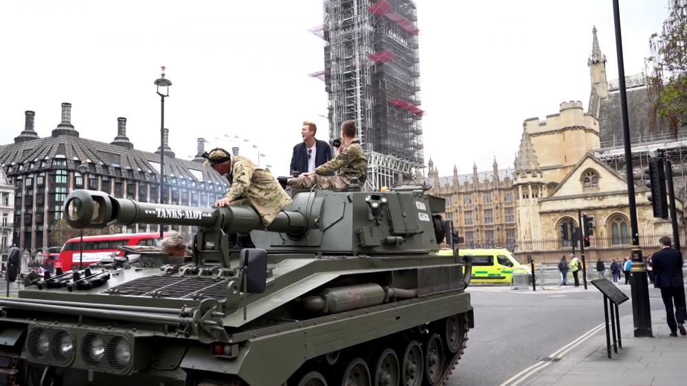 英国出现坦克Uber!坦克售价曝光,网友:还不算太贵!