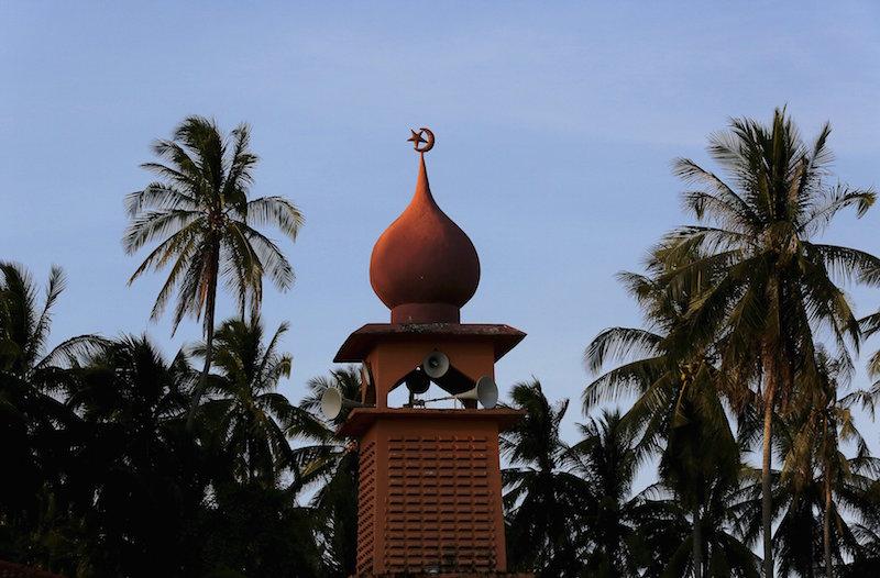 MAIK: Obligatory, Friday prayers and mosque activities allowed in Kelantan