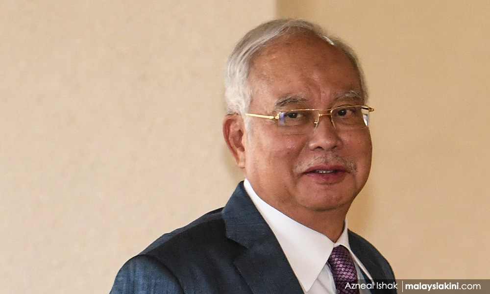 Punish Kit Siang first instead of Rais Hussin, Najib tells PM