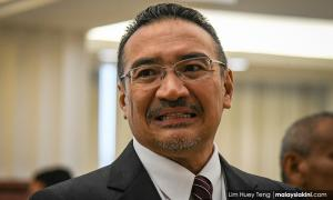 Hisham: I did not orchestrate visit to Azmin's house