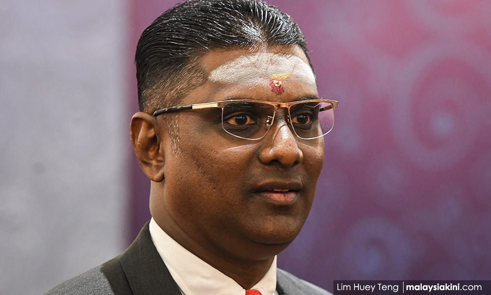 Rayer tells critics to meet him over his involvement in MyKad scam case