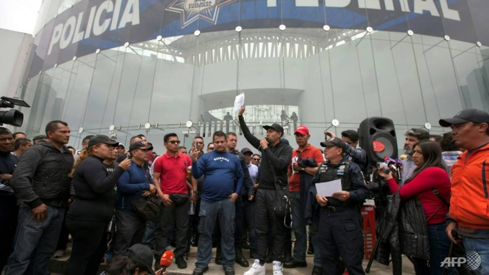 Mexican police protest president's National Guard plan