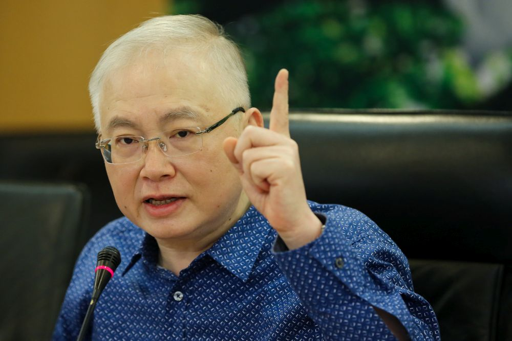 Will action be taken against Tourism Minister for breaching electoral law? MCA chief asks EC boss