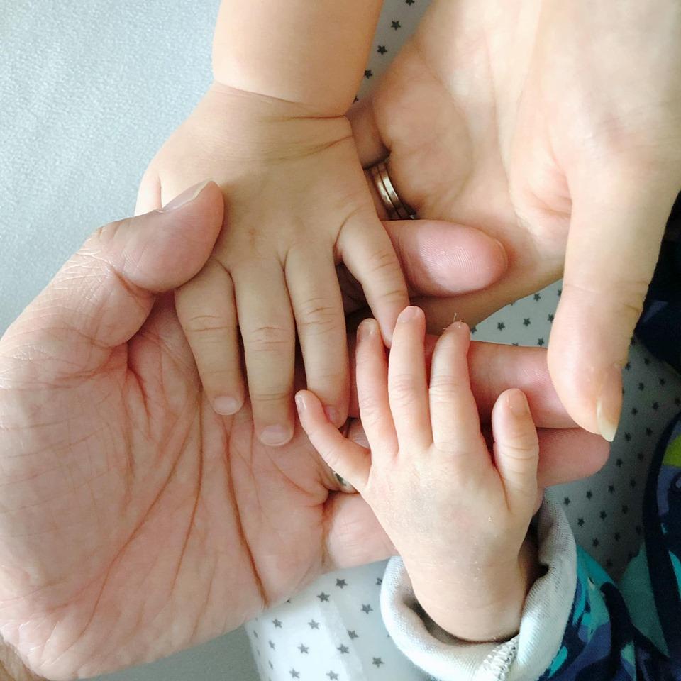 【三年抱两】胡杏儿成功诞第二胎 细仔英文名Ryan