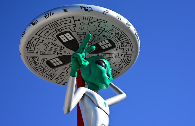 Nearly 500,000 People Have Pledged to Ambush Area 51: 'Lets See Them Aliens'
