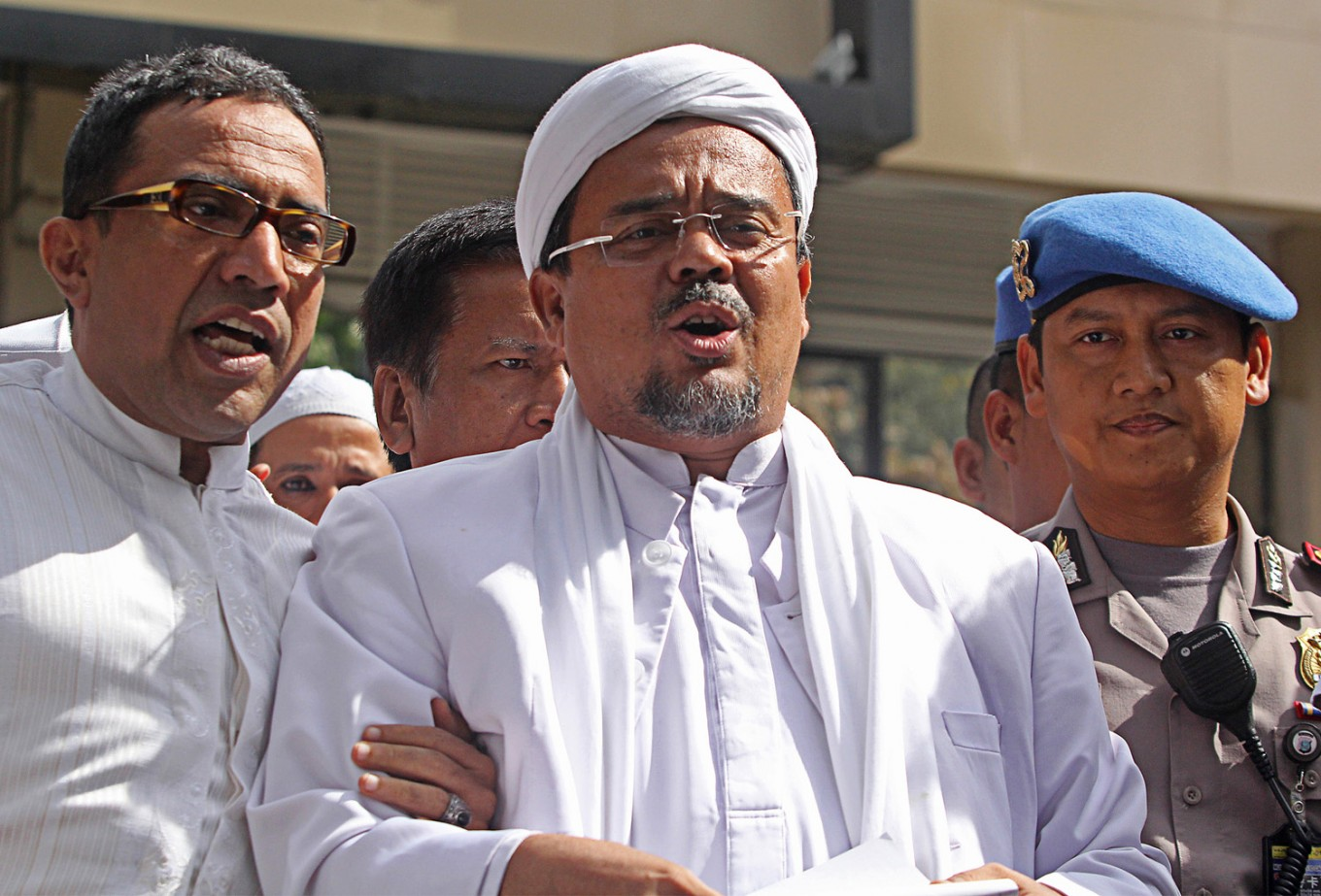 'If he wants to come home, just come home': Jokowi aide says about Rizieq