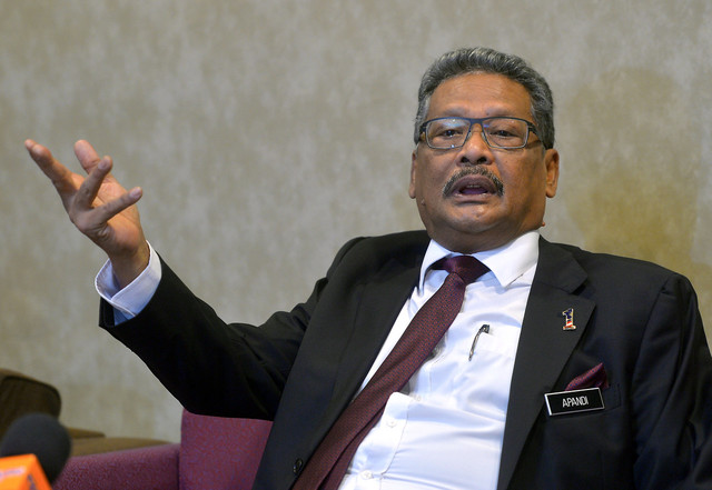 Termination of Mohamed Apandi as AG valid, lawful – Dr Mahathir, government