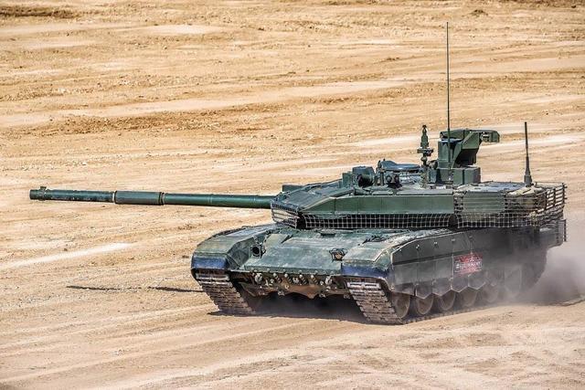 坦克国际大赛中俄各取所需,女兵带新装备登场,我们迎来新挑战