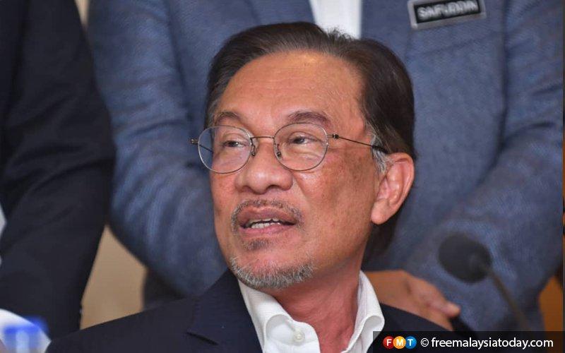 Analysts agree with Pandikar: Anwar's the man