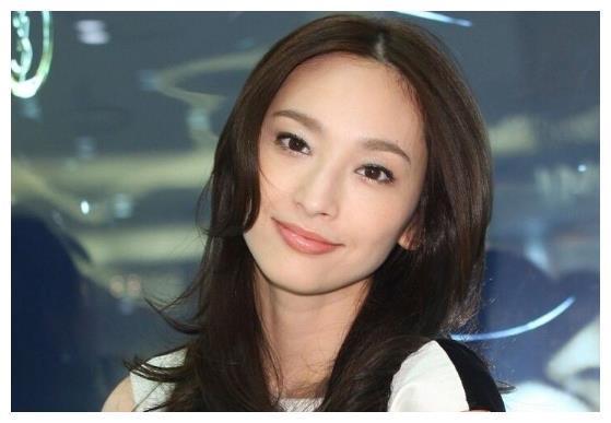 吴佩慈正式宣布怀第四胎,并且公布宝宝性别是女孩