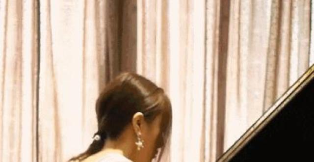 李云迪最美女徒弟,体重仅45公斤,30岁的她身材好到让人羡慕