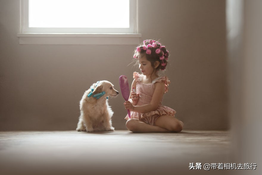 被这组写真暖哭了:小萝莉与宠物狗杰克的故事