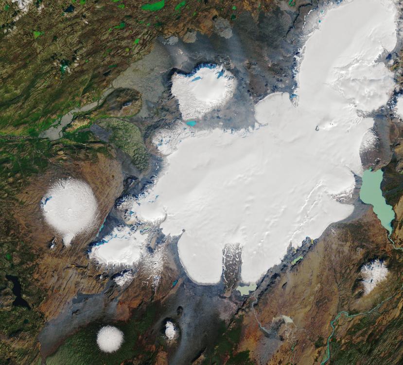 NASA公布冰岛一座冰川30年前旧照 如今只剩一隅