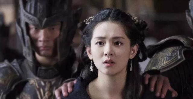 女配艳压女主宋祖儿上位,和刘昊然凑cp被撕出圈?